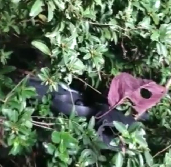 Beyoğlu'nda saldırıda kullanılan silahları polis metal dedektörü ile böyle buldu