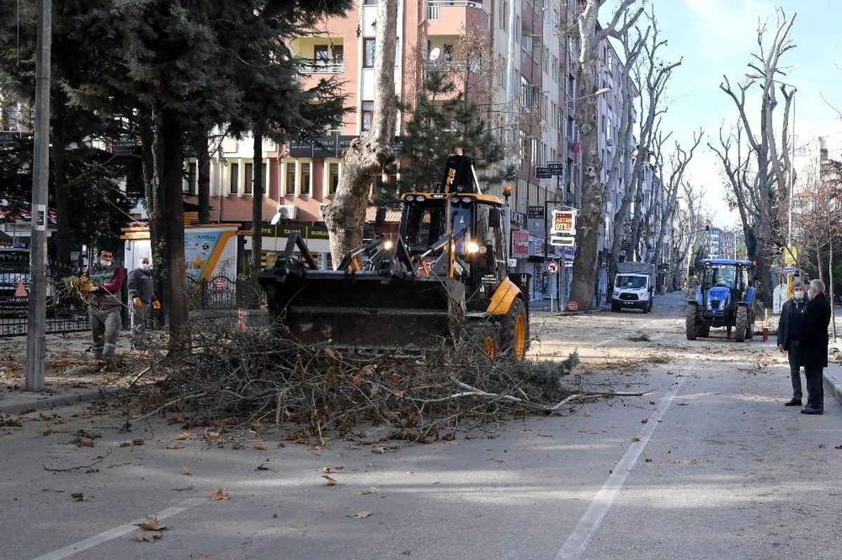 Isparta Belediyesi hafta sonu kısıtlamalarını fırsata çevirdi
