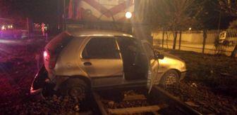 Ortaklar: Trenin sürüklediği otomobilin içerisinden burnu bile kanamadan çıktı