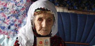 Hüyüklü: 101 yaşında koronavirüsü yenen Emine Nine: Virüsü hastanede koydum, geldim