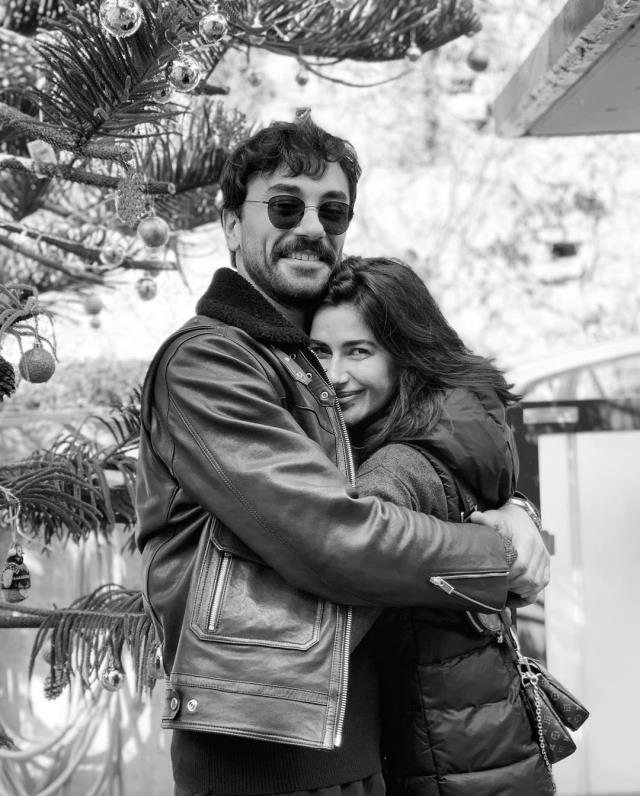 Aşklarını haykırdılar! Gökhan Alkan ve Nesrin Cavadzade'nin sarmaş dolaş pozlarına beğeni yağdı