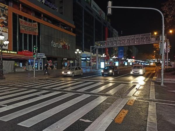 80 saatlik kısıtlama sona erdi, başkent caddeleri hareketlendi