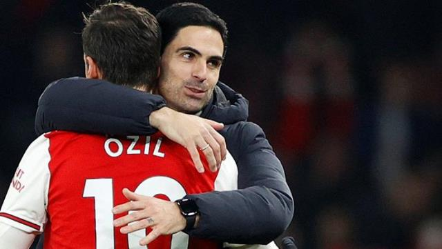 Mesut Özil, Arsenal Manager Arteta: We will find the best solution this month