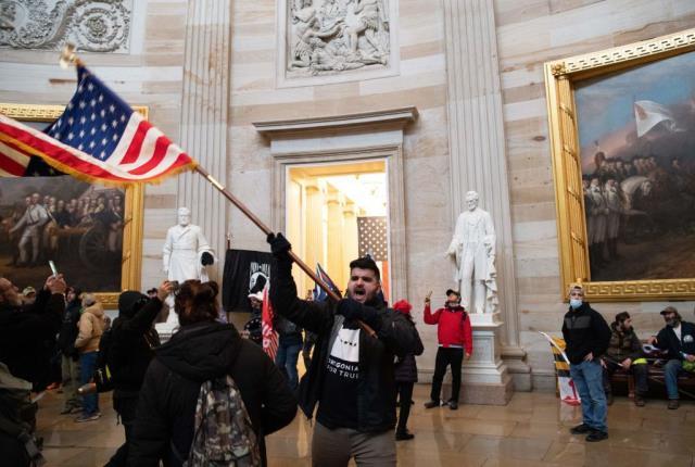 Son Dakika! Amerika'nın seçilmiş başkanı Joe Biden: Kongre'yi basanlar protestocu değil teröristti