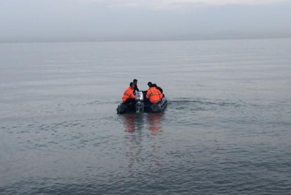 Sandalla açıldığı denizde kaybolan genci arama çalışmaları 3'üncü gününde