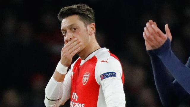 Mesut Özil kimdir? Mesut Özil nereli? Mesut Özil eşi? Mesut Özil fenerbahçeye mi geliyor?