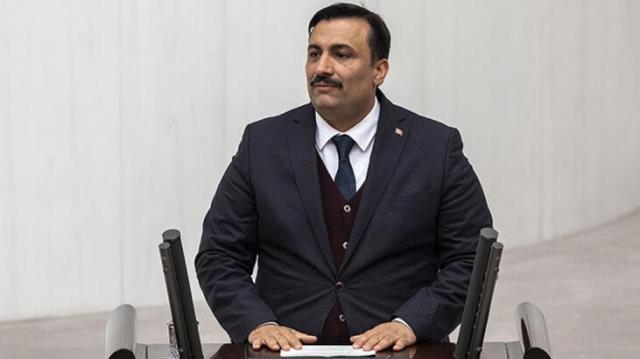 AK Party İzmir Deputy Cemal Bekle filed a criminal complaint against Erman Toroğlu