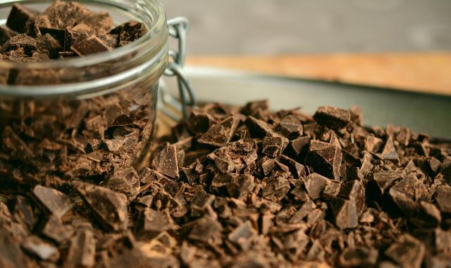 Rüyada çikolata görmek ne demek? Rüyada çikolata yemek ne anlama gelir? Rüyada çikolata aldığını ve verdiğini görmek, sıcak çikolata yemek nedir?