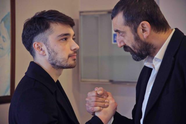 Ünlü oyuncu Mustafa Avkıran, Çukur dizisine veda etti