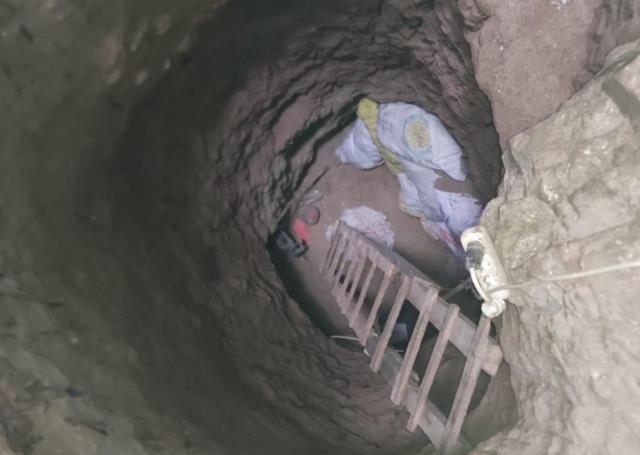 Yerin 15 metre altında define kazısı yaparken suçüstü yakalandılar