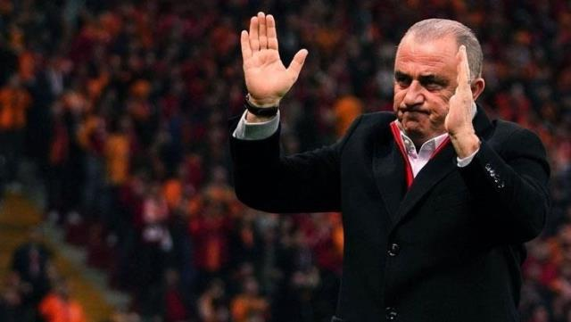 Galatasaray fans supported Fatih Terim, who said 'I felt a deep loneliness'