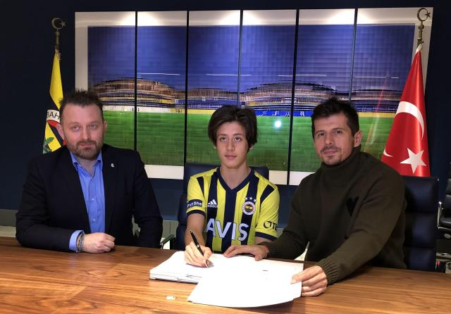 Fenerbahçe signed a 2.5-year contract with infrastructure player Arda Güler