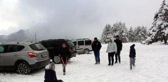 Bolu: Abant'ta kar güzelliği