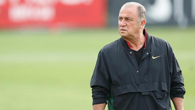 A message from Terim, who came to the agenda that he will leave G.Saray, to his players: I'm here