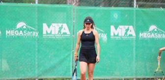 Antalya: Milli tenisçi Ayla Aksu, Antalya'da çiftlerde ikinci