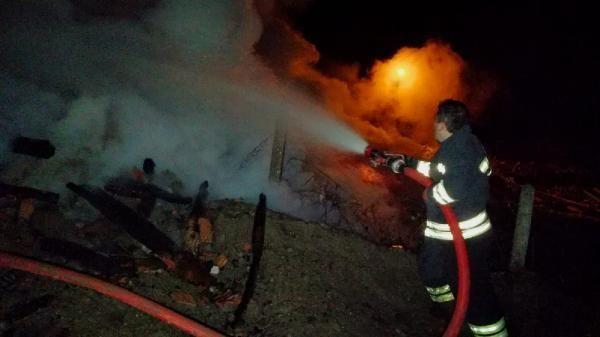 Safranbolu'da tek katlı ev yandı