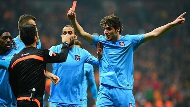 Deniz Ateş Bitnel, the referee of G.Saray-Trabzonspor match, who left his mark on Turkish football, confessed years later