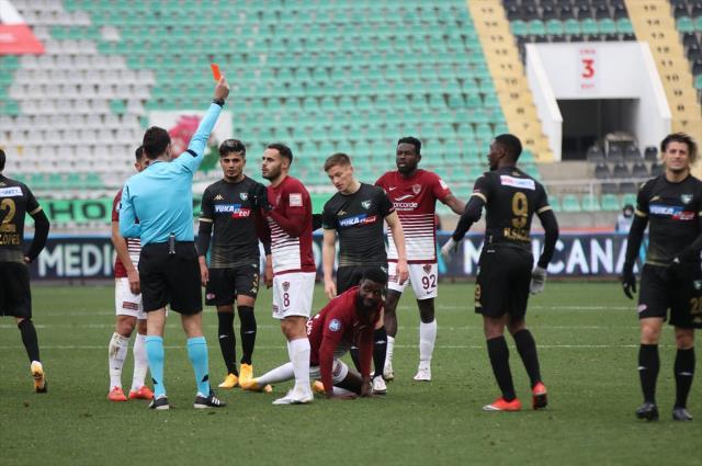 Atakaş Hatayspor, Yukatel Denizlispor'u deplasmanda 2-0 yendi
