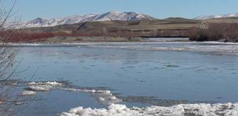 Kars: İki mevsim bir arada yaşanıyor