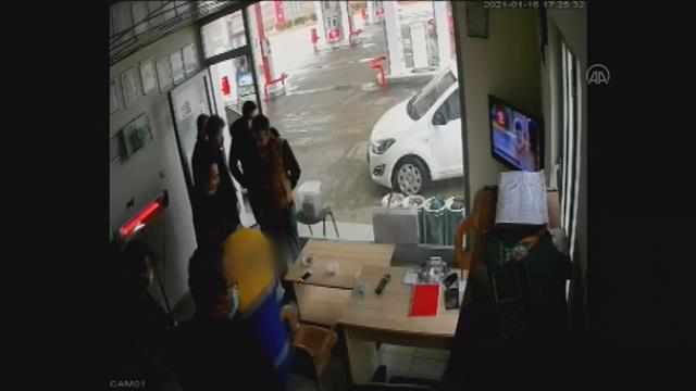 Akaryakıtta vergi kaçakçılarına yönelik 'Silici' operasyonunda yeni görüntüler ortaya çıktı