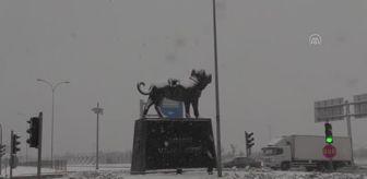 Aksaray: Çocuklar karla oynamanın tadını çıkardı