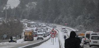 Ramazan Çetin: Denizli-Antalya Karayolu kar nedeniyle ulaşıma kapandı: 5 kilometre uzunluğunda kuyruk oluştu