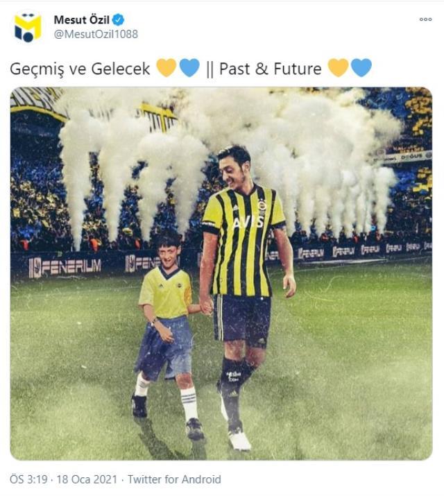Mesut Özil, 'Geçmiş ve gelecek' mesajıyla Fenerbahçe formalı fotoğrafını paylaştı