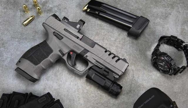 Türkiye'nin tabancası SAR 9X, ABD'de '2020 Yılının En İyi Tabancası' seçildi