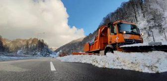 Ankara: Bolu Dağı'nda kar küreme çalışması havadan görüntülendi