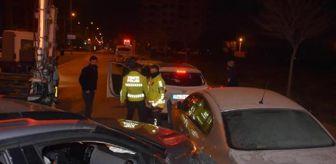 İzmir: Son dakika haberleri... İzmir'de zincirleme trafik kazaları: 14 araç hasar gördü