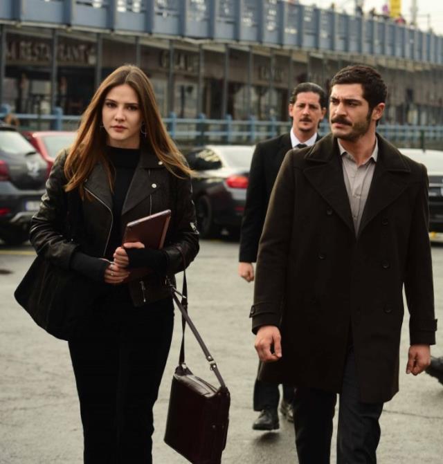 Sereney Sarıkaya rekor bir ücret karşılığında ATV'nin yeni dizisiyle ekranlara dönüş yapıyor