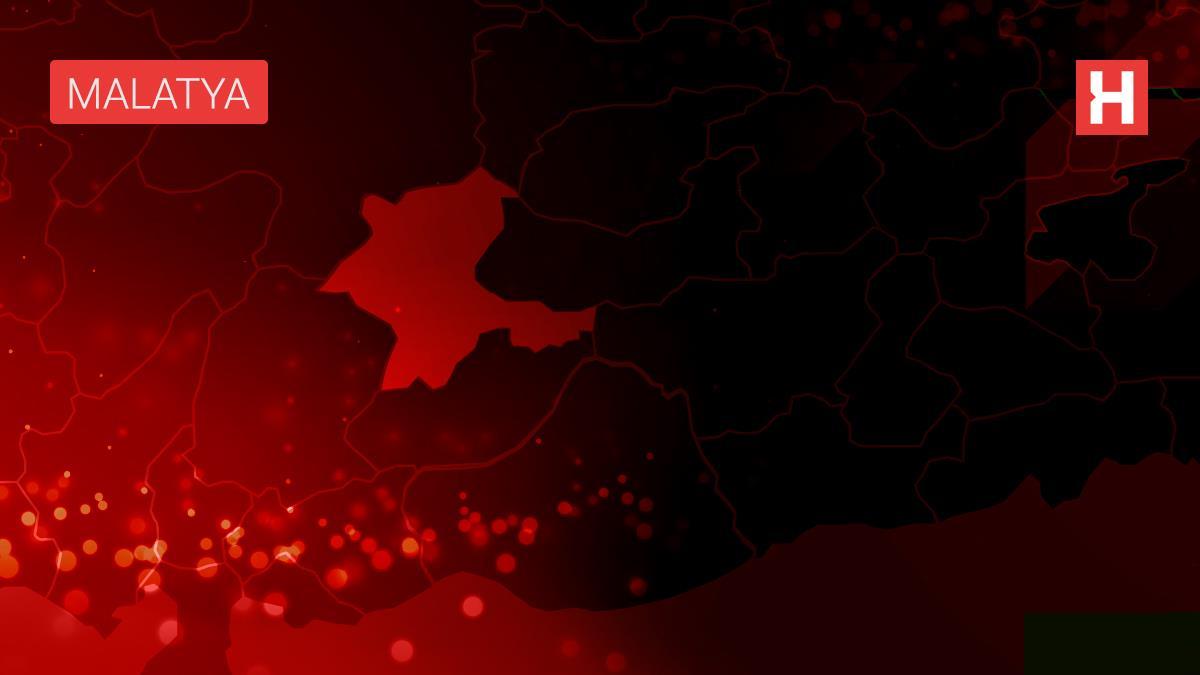 Malatya'da tipi nedeniyle 5 yerleşim yerinin yolu ulaşıma kapandı