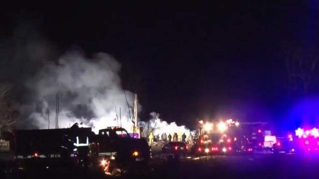5 çocuğunu öldürüp evi ateşe veren kadın canına kıydı, geride bıraktığı not tüyler ürpertti