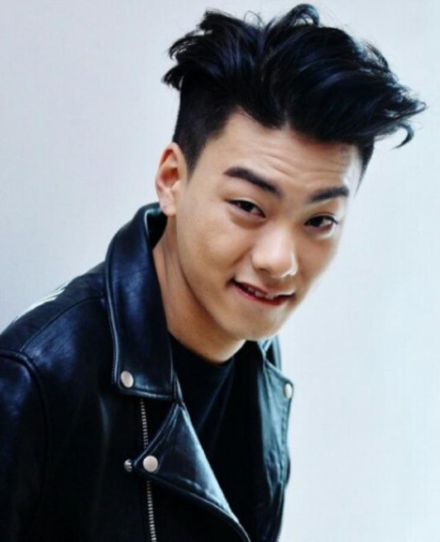 Güney Koreli ünlü rapçi Heon-cheol evinde ölü bulundu