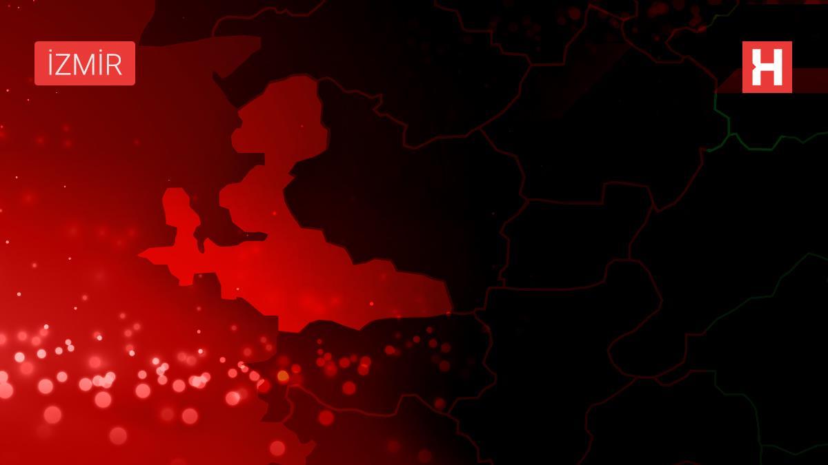 İzmir'de apartmanda çıkan yangında hayatını kaybeden kadın son yolculuğuna uğurlandı