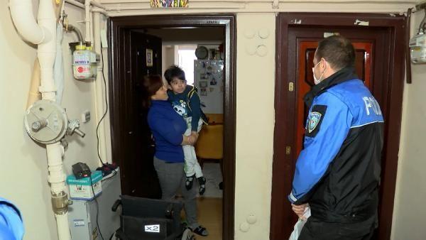 Son dakika haberleri: Polis ekiplerinden evde eğitim gören engelli çocuklara ziyaret