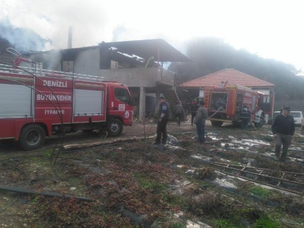 Son dakika! Denizli'deki yangında ikiz çocuklar ağır yaralandı