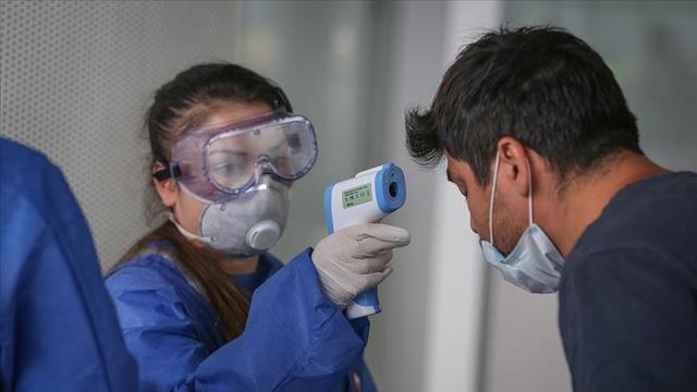 Küresel yeni tip koronavirüs vakaları düşüşe geçti