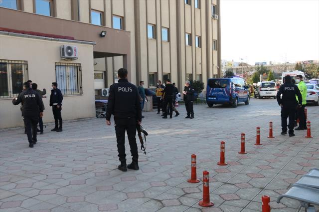 Son Dakika: Adıyaman'ın Kahta ilçesinde iki aile arasında çıkan silahlı kavgada 6 kişi öldü, 3 kişi yaralandı