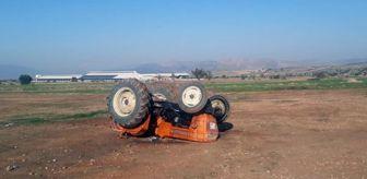 Korkuteli: Drift yaparken devrilen traktördeki 3 kişi yaralandı