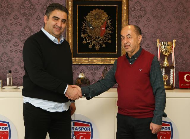Ankaraspor, Ümit Özat ile 1,5 yıllık sözleşme imzaladı