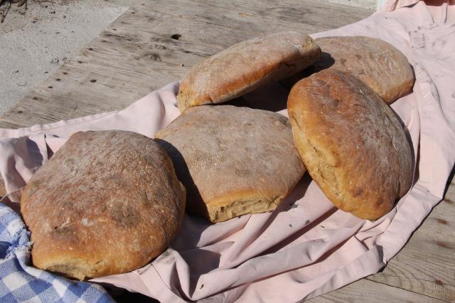 Girit Türklerinin 120 yıllık ekşi mayalı ekmeği Mersin'den Türkiye'ye açılıyor
