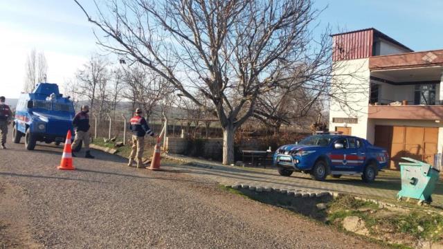 Kahramanmaraş'ta 250 nüfuslu mahalle mutasyonlu virüs nedeniyle karantinaya alındı