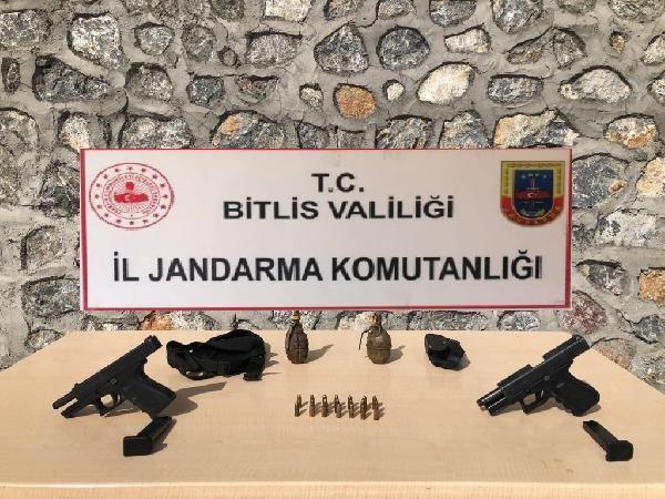 Bitlis'te 2 ayrı operasyonda 6 mağara ve çok sayıda mühimmat ele geçirildi