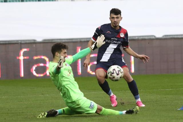 Türk futbolunun yeni Burak Yılmaz'ı Gökdeniz Bayrakdar, performansıyla büyük takımların radarına girdi