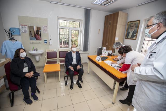 Son Dakika! CHP Genel Başkanı Kemal Kılıçdaroğlu koronavirüs aşısının ilk dozunu yaptırdı