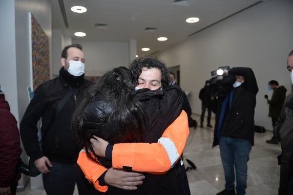 Nijerya'da serbest bırakılan 15 Türk denizci Türkiye'ye geldi(1)