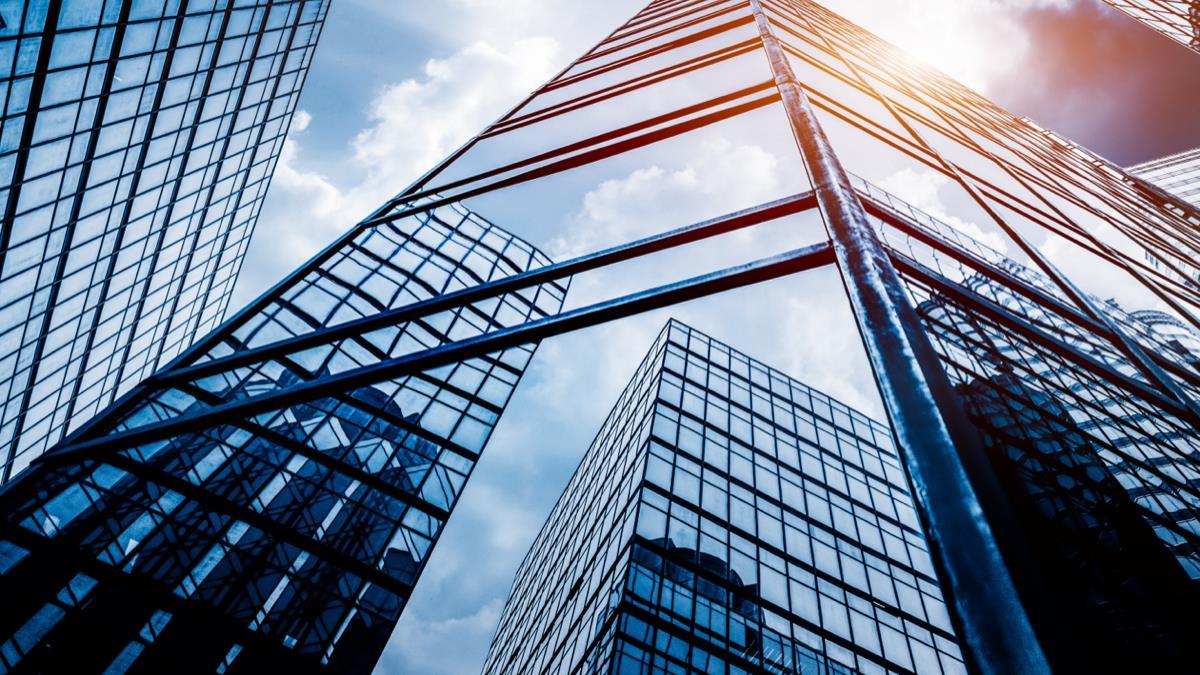 ECB / Lane: Orta vadeli görünüm düzeliyor