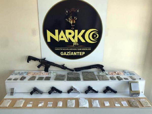 Gaziantep'te, 750 polisle uyuşturucu operasyonunda 29 kişiye gözaltı