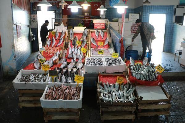 Fırtına çıkınca, tezgahlarda balık bolluğu azaldı
